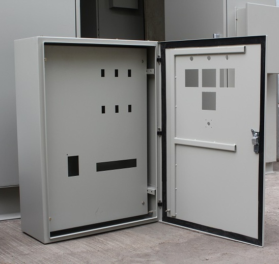 jasa pembuatan panel box listrik surabaya