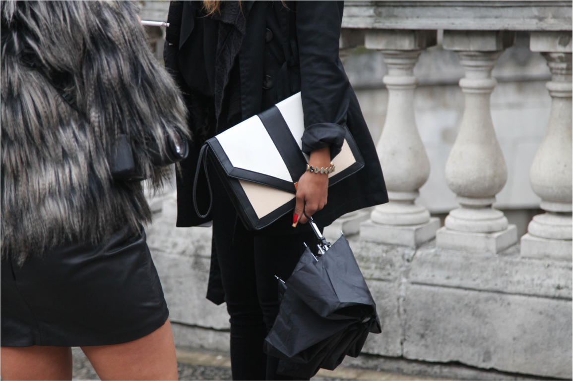London Fashion Week streetstyle classic black and white clutch
