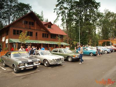 Expozitie masini clasice la Borsec