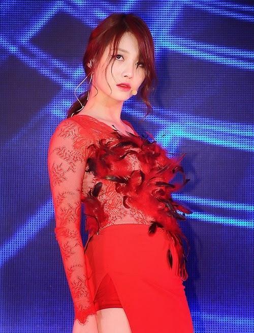 Yura - Beauty in Red