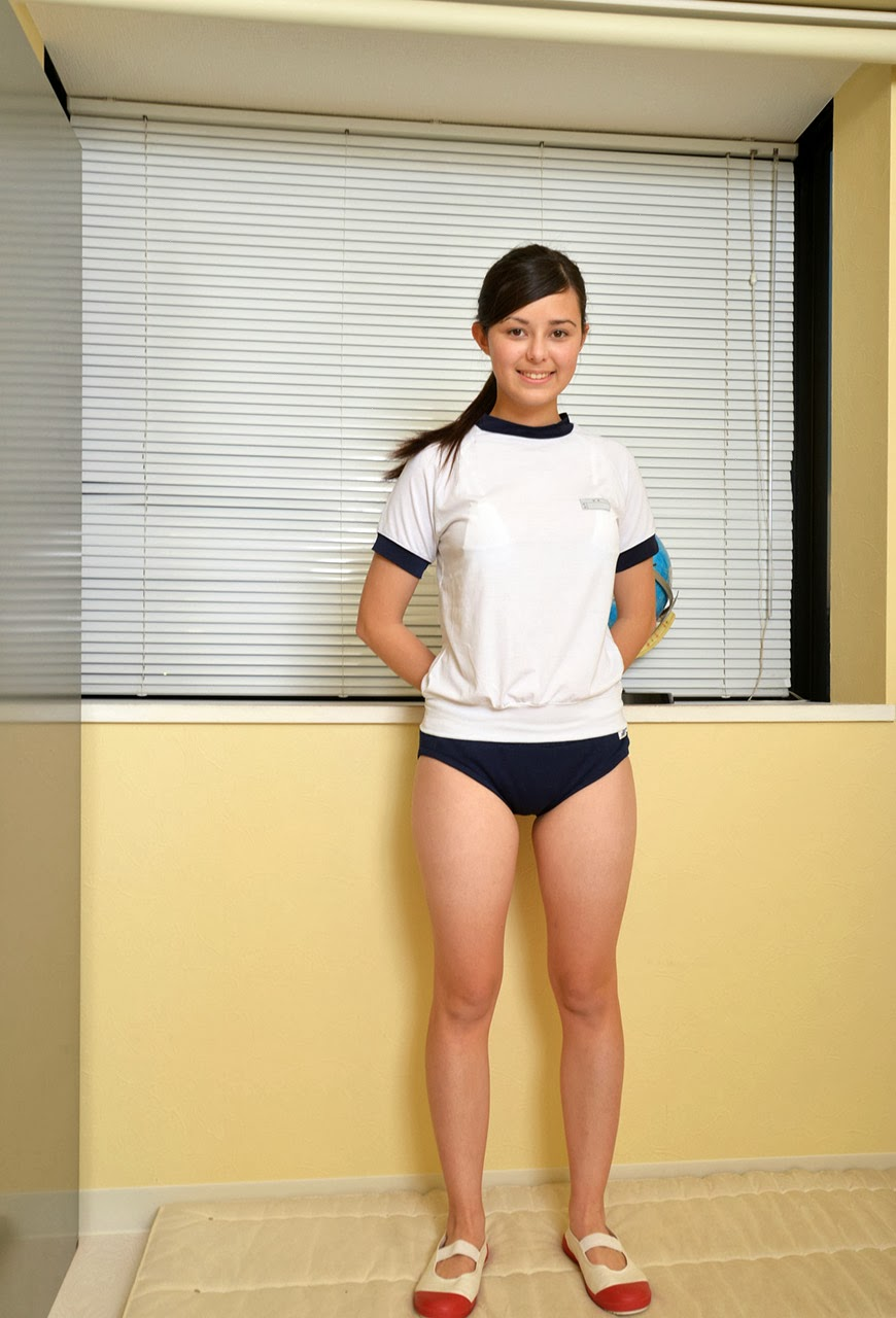 yuri celesta sexy schoolgirl cosplay 05