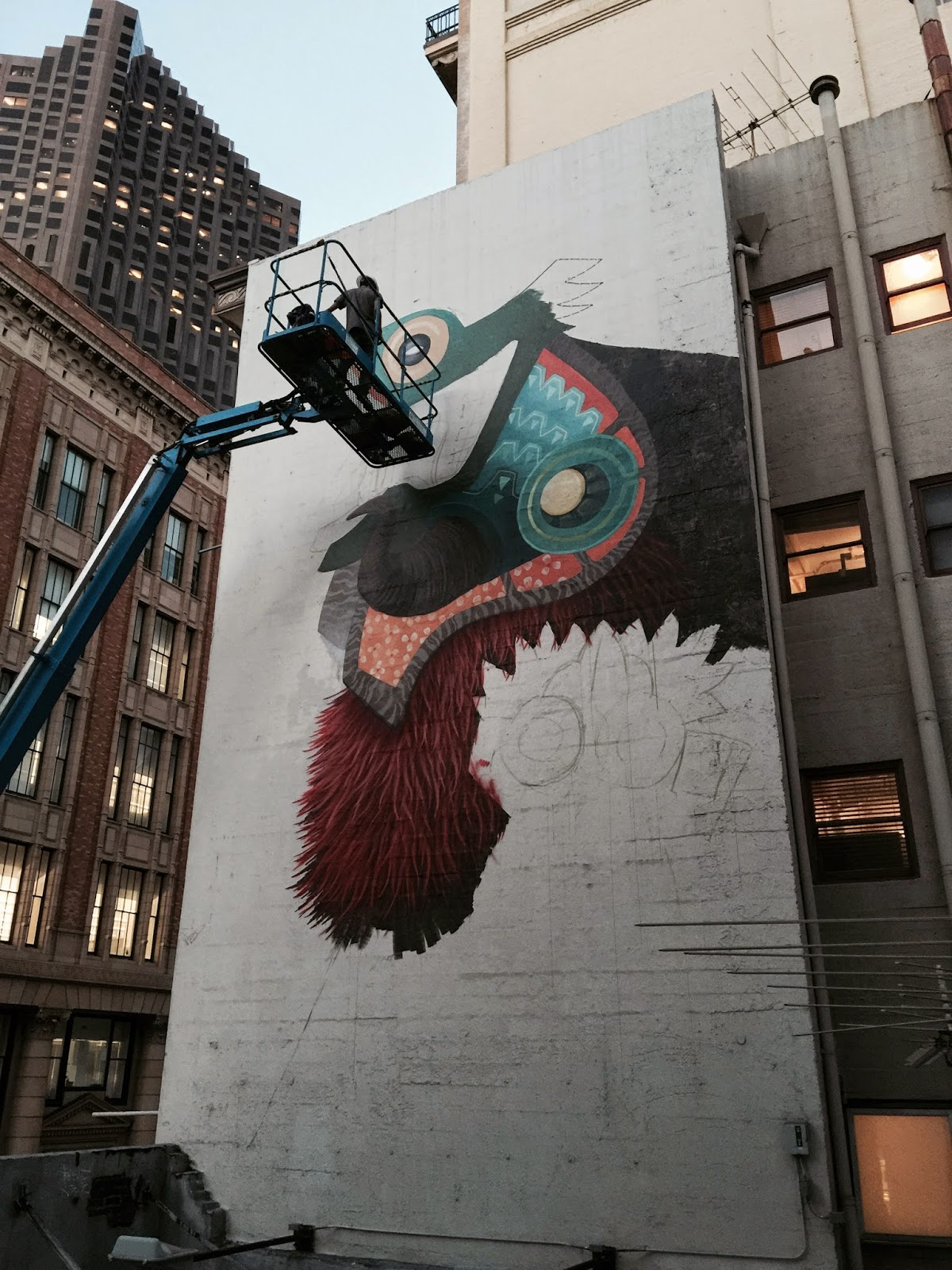 Epic Curiot paints a new mural in San Francisco USA
