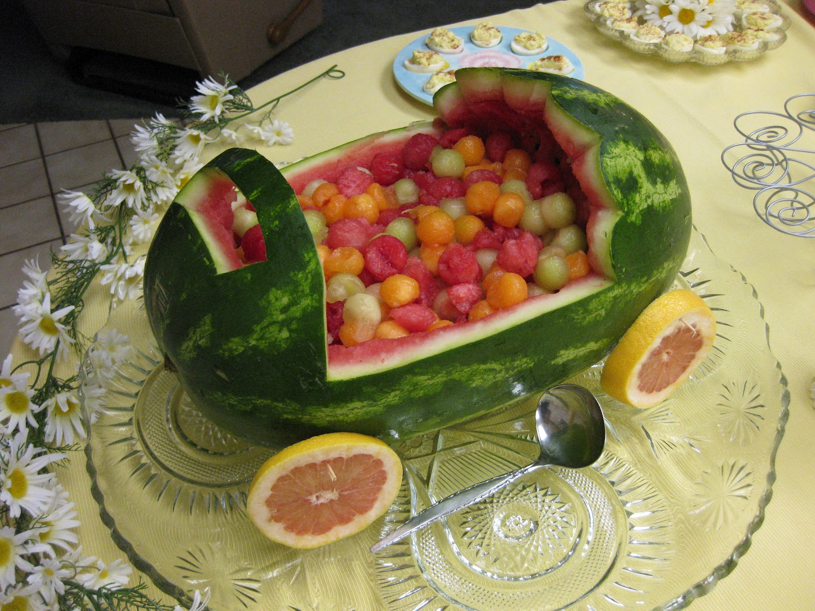 baby shower fruit carriage baby carriage fruit bowl