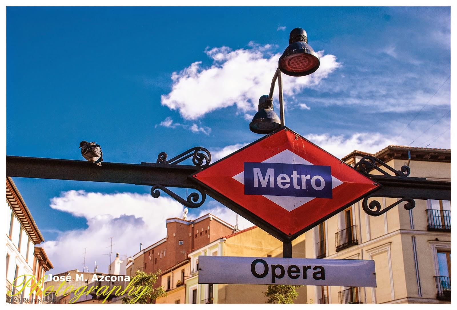 Estación de metro Ópera