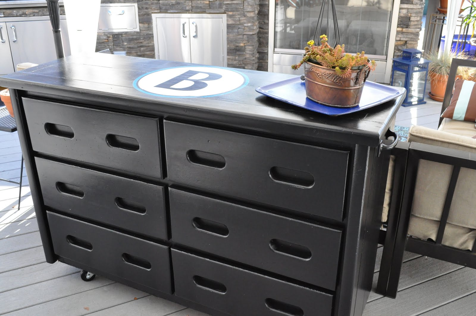 My new outdoor buffet table | Organizing Made Fun: My new outdoor ...