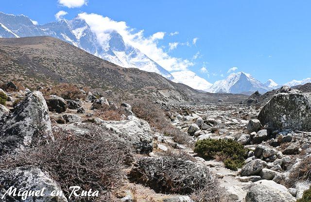 Lhotse-Himalaya-Nepal