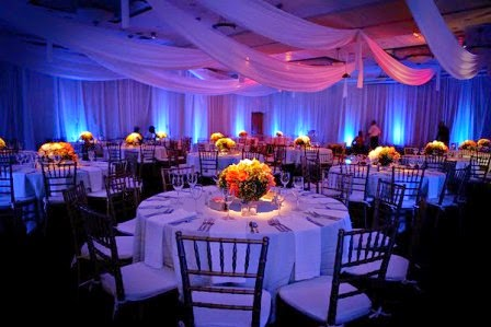 Wedding moment wedding moment for Wedding reception decoration ideas on a budget
