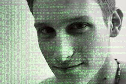 Tempat Awal Mula Snowden Belajar Hacking