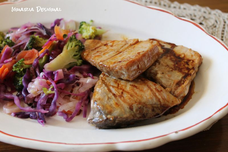 Atum+Grelhado+com+Legumes+e+Emulsão+de+Soja+e+Gengibre