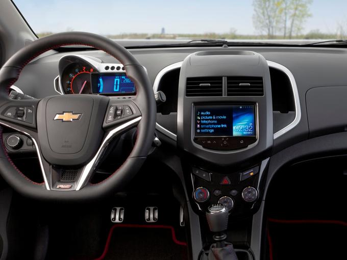 CD Players Make Quiet Exit From Chevy Vehicles