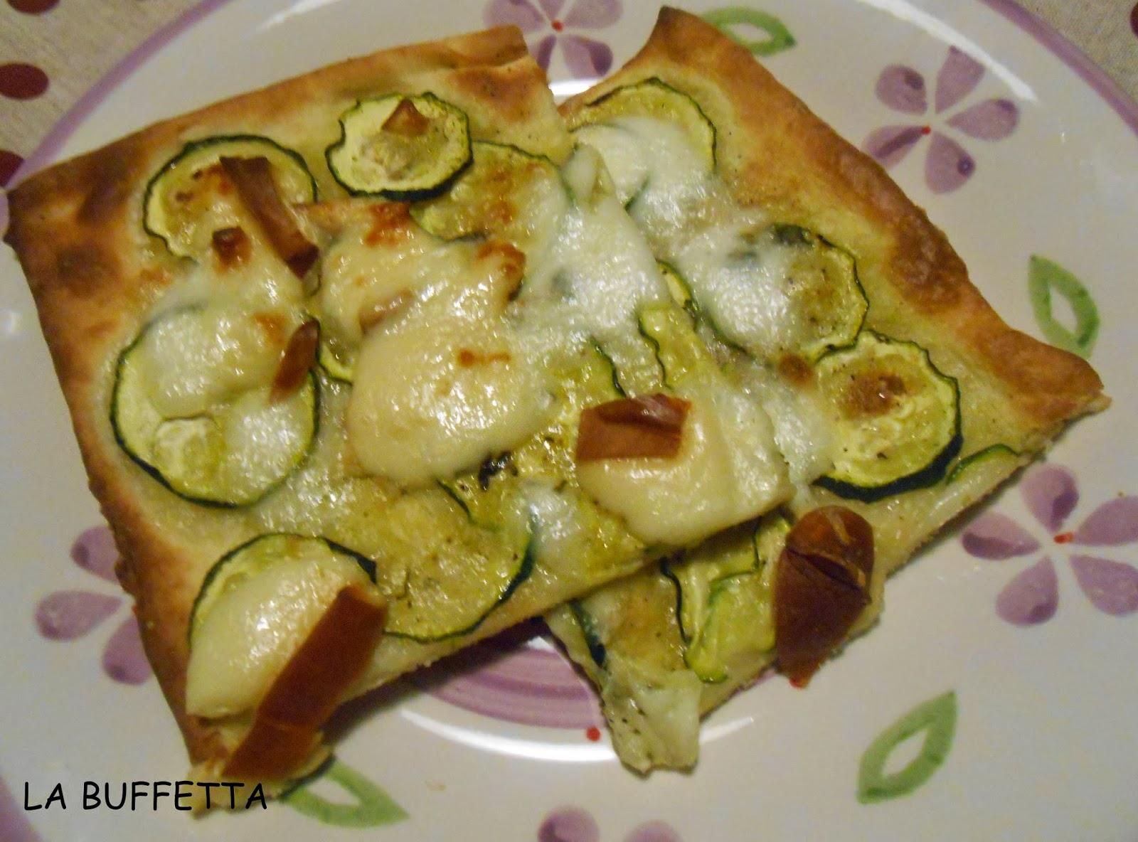 pizza bianca alle zucchine(veloce)
