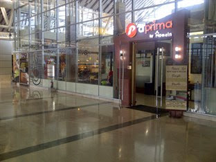 Hotel Murah Bandara Hasanuddin Makassar - d'prima by Home In Airport Makassar