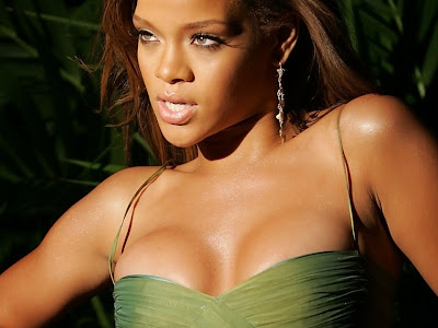 rihanna hot photos