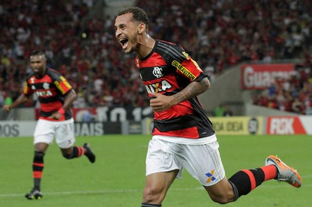 Alan Patrick marcou um dos gols da vitória rubro-negra sobre o Cruzeiro (Foto: Divulgação/Flamengo)