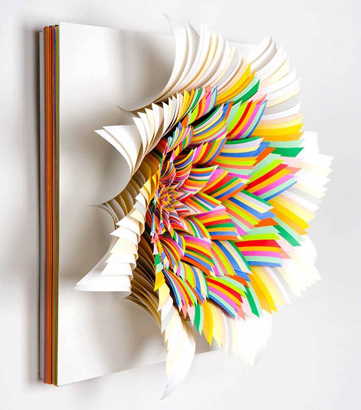 Amazing creativity amazing 3d sculpture paper art for Creative craft ideas with paper