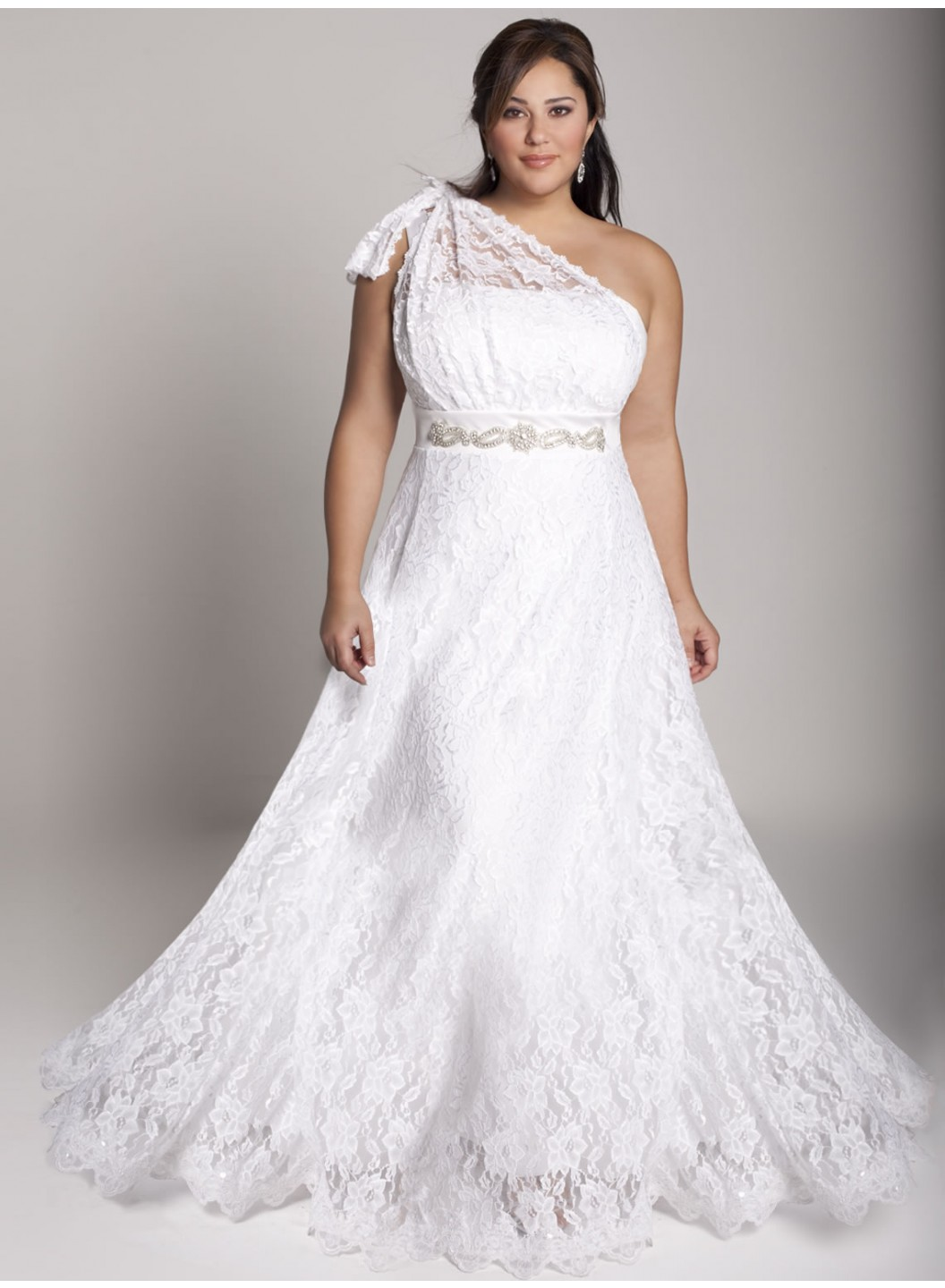 Plus Size Vintage Wedding Dress For Your Total Vintage Wedding Theme