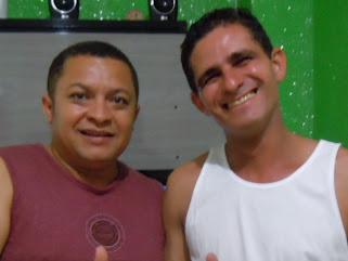 CANTOR E COMPOSITOR GILMAR SANTOS ALMOÇA COM O CANTOR JOSE ANTONIO.