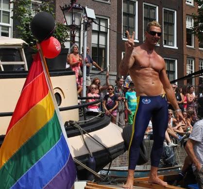 Cumeater gay