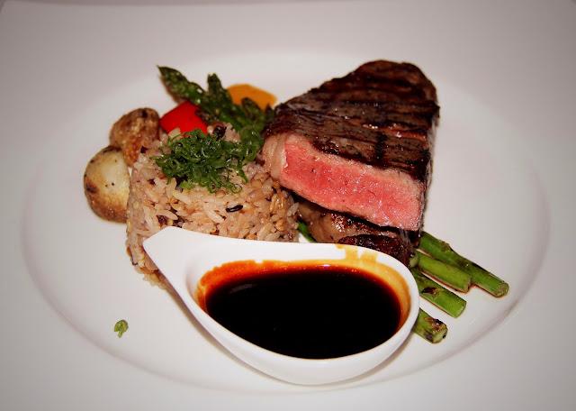 EDO-Ko Japanese Cuisine Restaurant in Toronto, barry Chaim, Executive Chef Ryo Ozawa, award, winning, winterlicious, sushi, seiyo-ryori, review, food, the purple scarf, melanie.ps, ontario, canada, beef Teriyaki