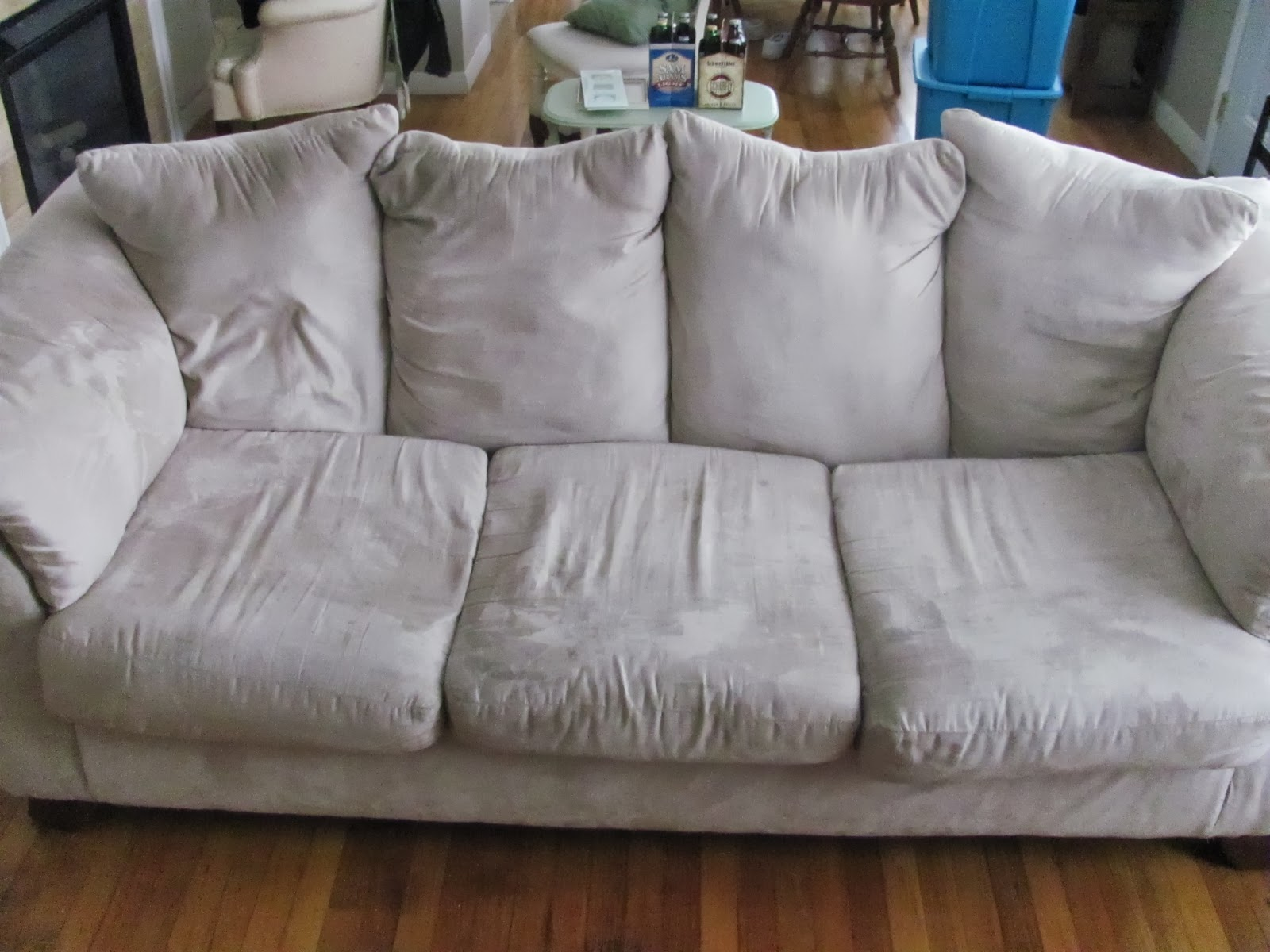 A white squishy couch on display before being sold on Craigslist