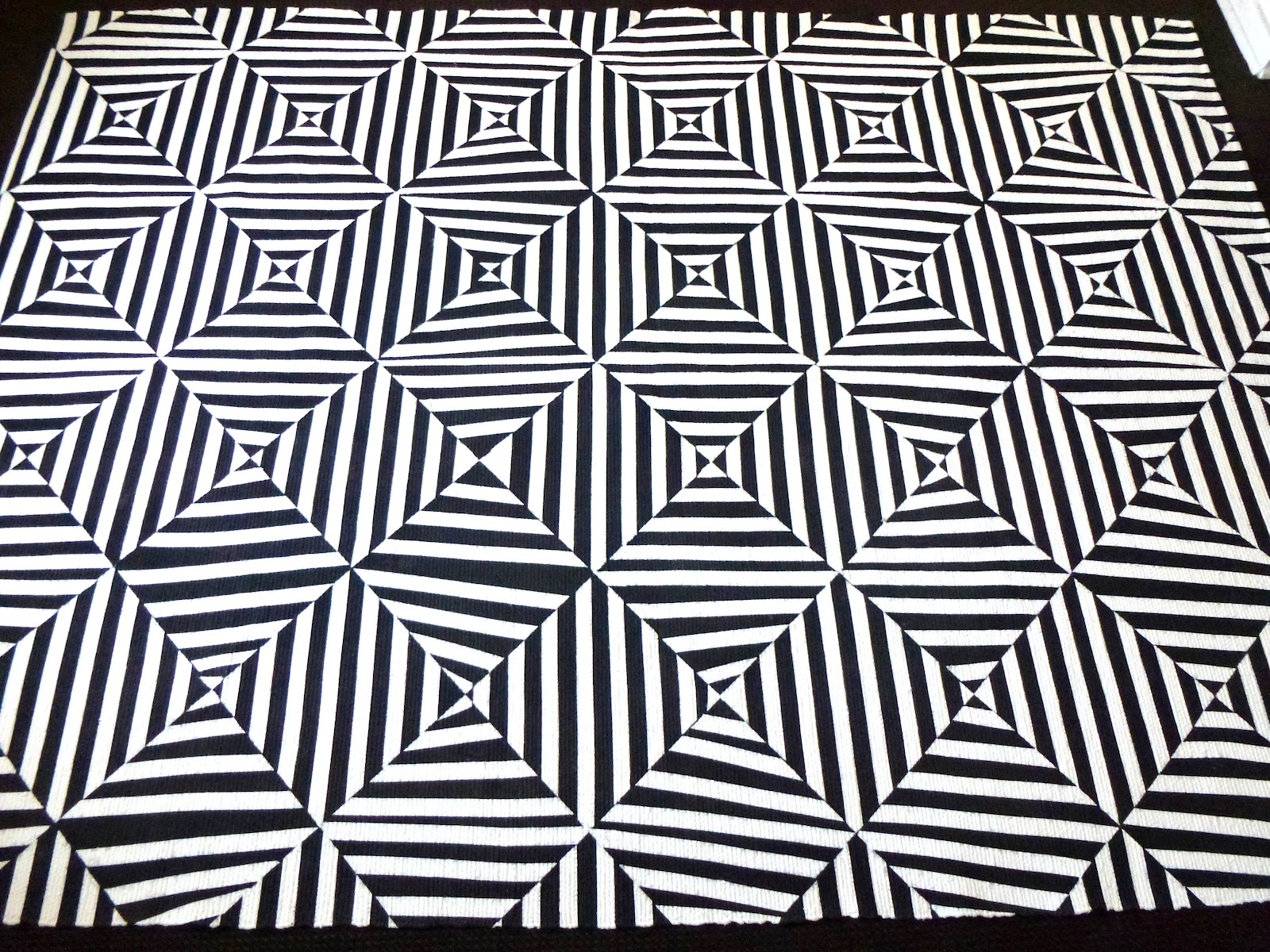 d.i.why not? black & white extreme stripes painted rug