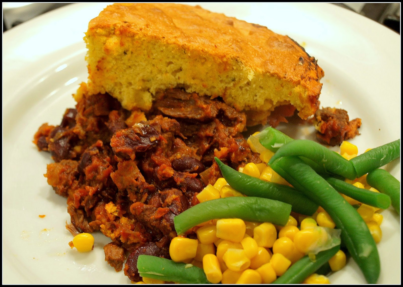 mark 39 s veg plot chilli con carne with cornbread topping. Black Bedroom Furniture Sets. Home Design Ideas