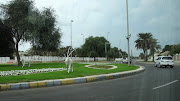 . aproveitar para apreciar um pouco desse hotel que sem duvida é de deixar . (streets of abu dhabi)