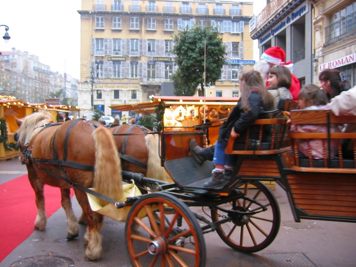 #B51636 The Modern Trobadors: IN PROVENCE OYSTERS AT CHRISTMAS  5409 decorations de noel en gros 1200x900 px @ aertt.com