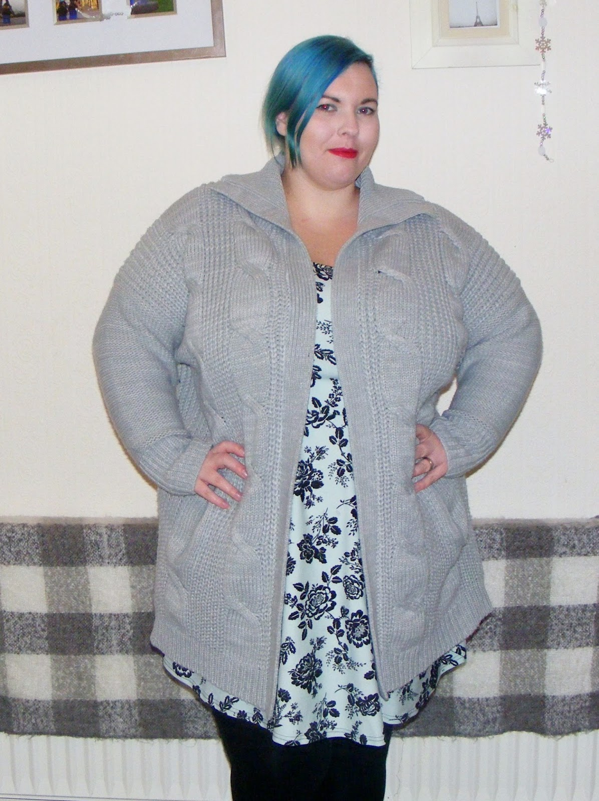 coatigan, jd williams, grey, coat, cardigan, plus size fashion, plus size, fat, fatshion, chubby, woman, blue hair, clothing, bbw, posing, shopping