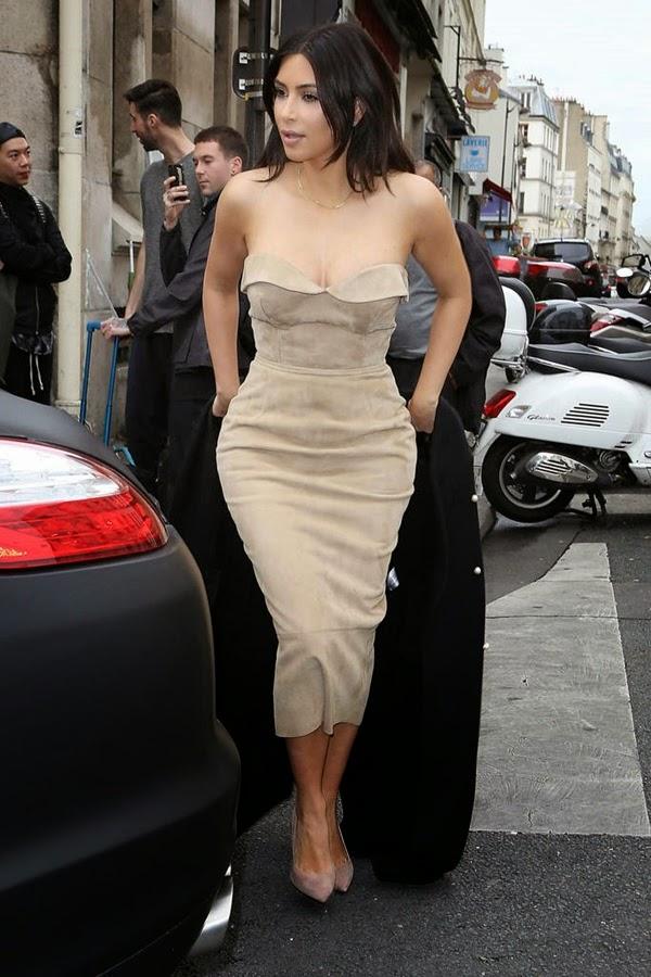 kim-kardashian-elbiseleri