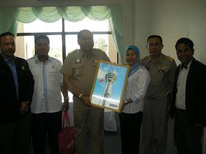 Gambar Kenangan Bersama Vice Gavernor Satun