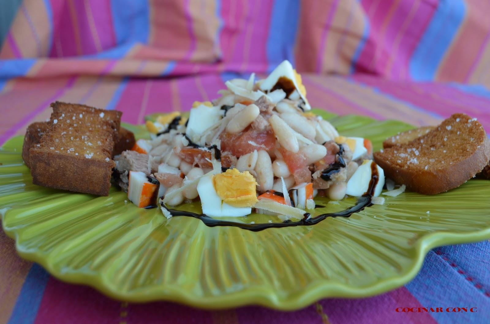 Cocinar con c ensalada de alubias blancas for Cocinar judias blancas de bote