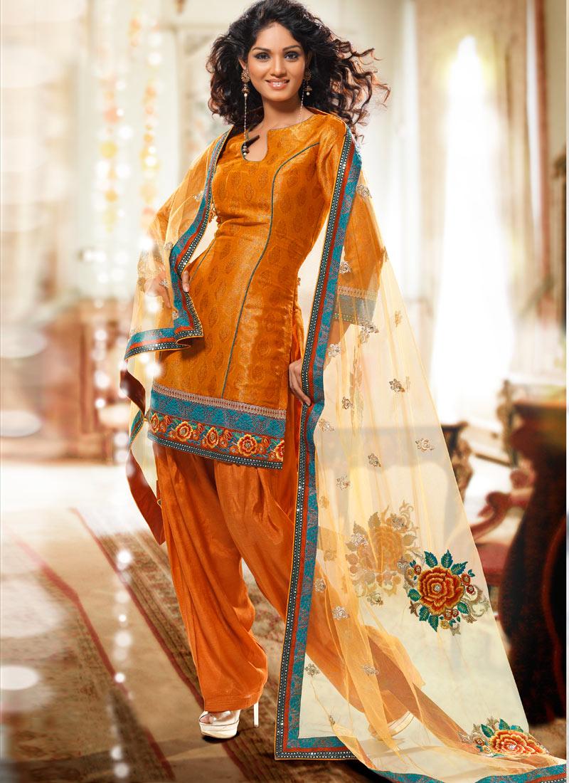 Salwar Kameez for Mehndi Party - Wedding Salwar Suit - Ladies Fashion Style