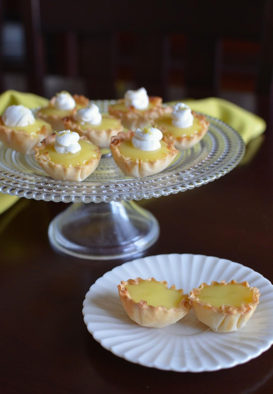 Easy Lemon Curd Cake Recipe