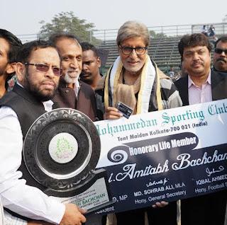 Mohammedan SC honor Amitabh Bachchan