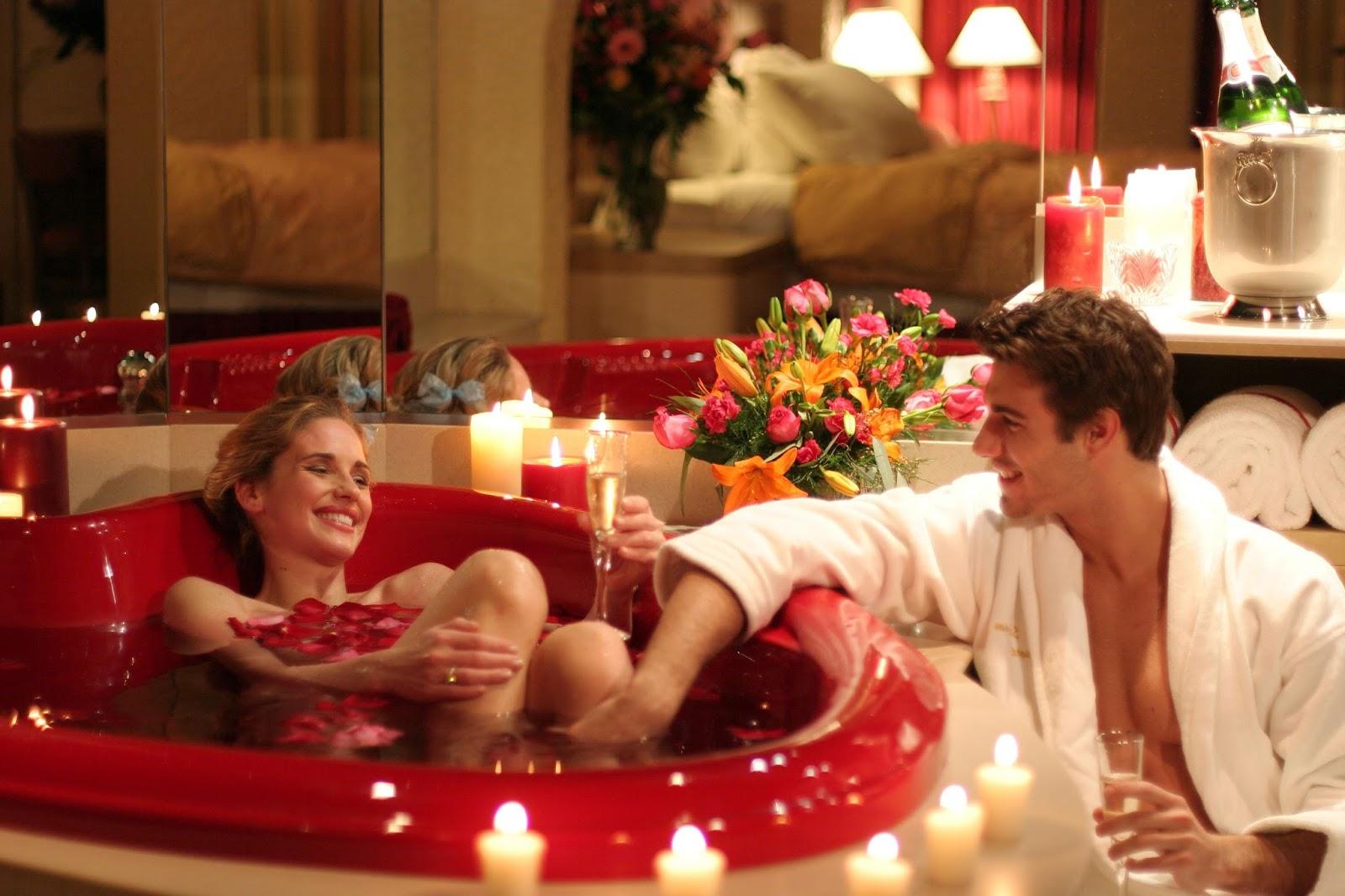 Фото девушек в ванне с лепестками роз 24 фотография
