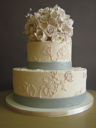 Wedding Cakes Pictures Light Blue Ribbon