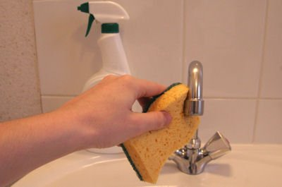 tackling the limescale, clean the valve
