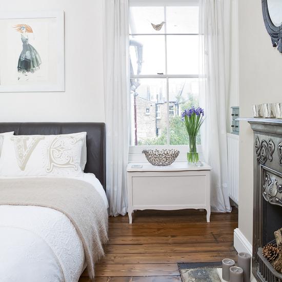 Classic White Bedroom 550 x 550