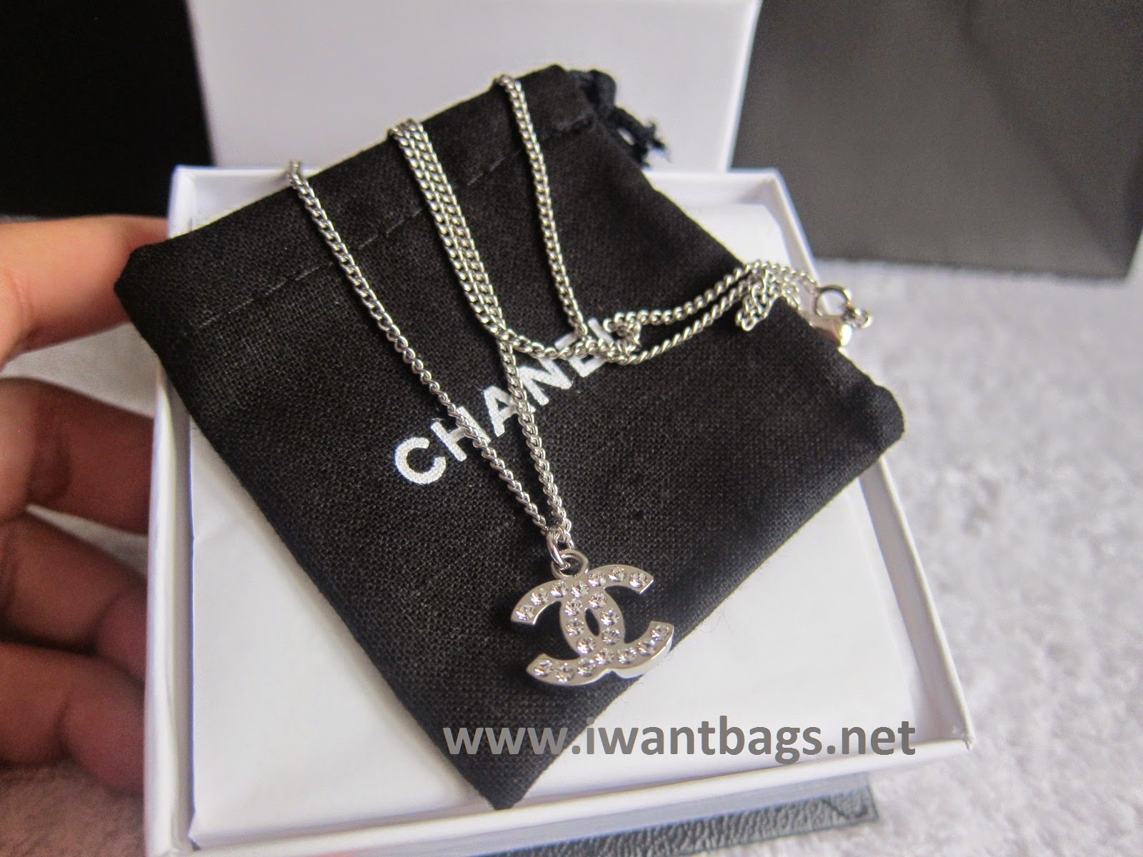 Classic Chanel Necklace Chanel Classic cc Crystal Logo