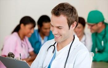 8 «κόλπα» των γιατρών για να μην αρρωσταίνουν ποτέ