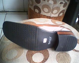 sepatu kickers berkualitas tinggi