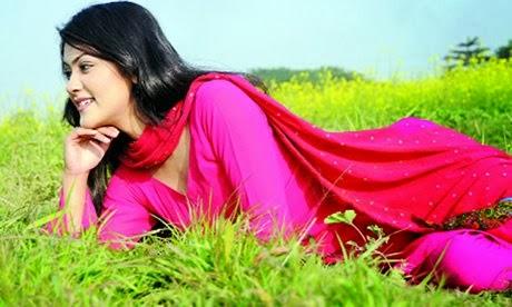 Bangladeshi+Model+%2526+Actress+Shaina+Amin002