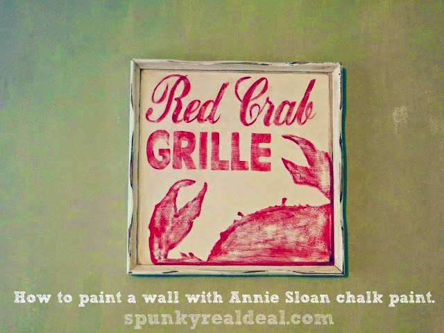 How to paint a wall with Annie Sloan Chalk Paint. #DIY