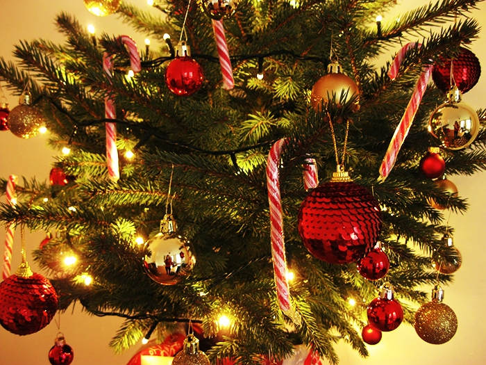 Top stof om de kerstboom action lampjes action with nep for Mini kerstboom action