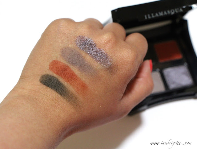 Nomadic Eyeshadow swatches