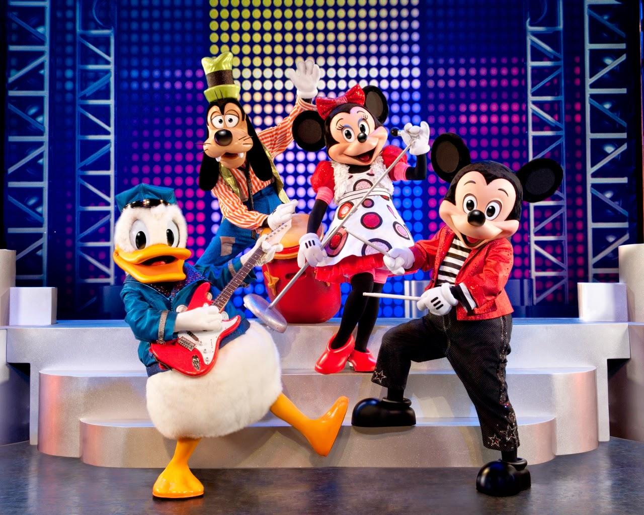 Mickey - Es escapada mágica # 3 Hip, Fab, Diversión •.