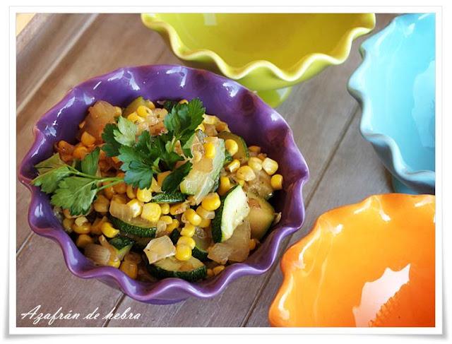 Pisto de calabacín y maíz