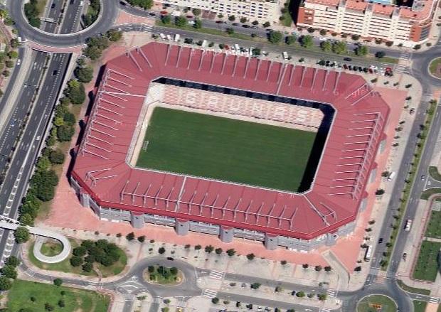 Estadios de f tbol en espa a logro o estadio nuevo las - Hotel las gaunas en logrono ...