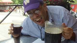 Lenny Campello drinking beer in Montreal, Canada, July 2012